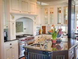 cottage kitchens ideas the 25 best cottage kitchens ideas on cottage