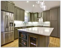 kitchen cabinet molding ideas kitchen cabinet molding kitchen cabinets crown molding u003e from