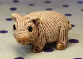 vintage 7 cookie jar canister off white pink pig figurine on top