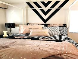 Black And White Room Decor White And Gold Bedroom Decor Gold White Bedroom Pink White And