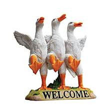 design toscano delightful ducks welcome sign