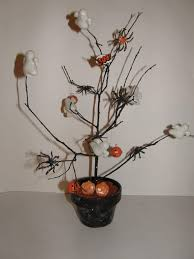 Halloween Decorations Tree Branches by 55 Halloween Decorations Ideas 2017 Inside U0026 Outside House
