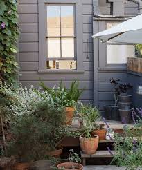 San Francisco Urban Garden - cabin stars at home with courtney and zach klein in san