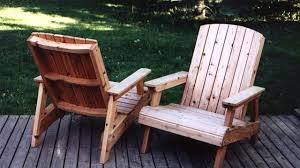 How To Make Pallet Patio Furniture by How To Build A Deck Chair Youtube