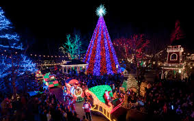 branson christmas lights 2017 it s time to play in branson streetscape magazine