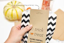 free printable halloween treat bag labels halloween goodie bag diy free download smitten on paper
