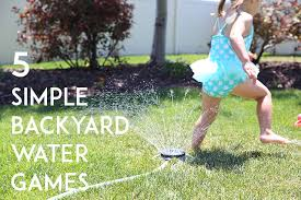 Backyard Games Kids by 5 Super Simple Backyard Water Games For Kids So Festive