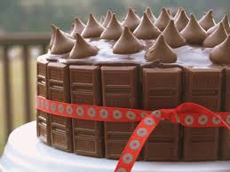 the best yellow birthday cake with chocolate icing noble pig