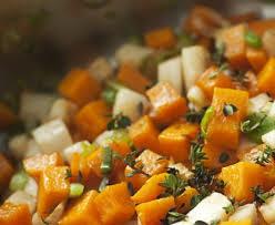 cuisiner les l馮umes anciens mirepoix de légumes oubliés recette de mirepoix de légumes