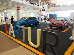 renault malaysia renault captur goes on tour in malaysia carsifu