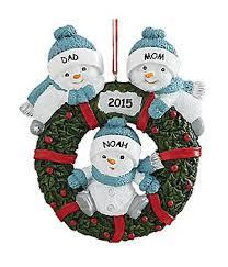snow buddies family wreath ornament 2 adults 1 kid boomerang