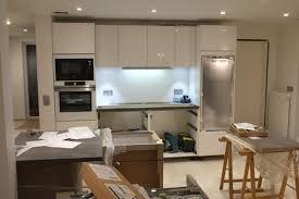 montage cuisine schmidt montage de la cuisine schmidt jour 1 construction d une maison