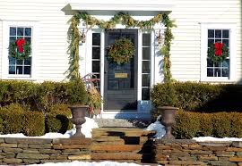 Exterior Christmas Decorations 10 Natural Outdoor Christmas Decoration Ideas