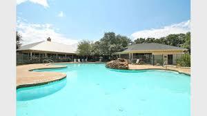 Three Bedroom Apartments San Antonio Polo Club Apartments For Rent In San Antonio Tx Forrent Com