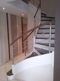 garde corps bois escalier interieur avant après escalier et sa rambarde sur mesure par divinox