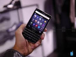 porsche design blackberry blackberry porsche design p u00279983 hands on image from blackberry