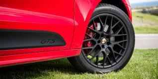 Porsche Macan Red - 2016 porsche macan gts review caradvice