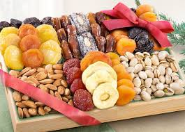 Fruit And Nut Gift Baskets Fruit Baskets Fruit Gifts And Monthly Fruit Clubs By Golden State