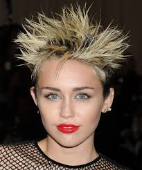 how to style miley cyrus hairstyle miley cyrus hair stylesmiley cyrus short straight alternative
