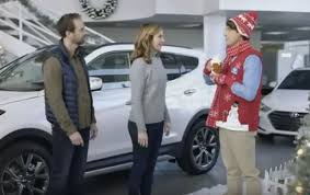 hyundai commercial actress with football hyundai holiday sales event commercial really festive 2016