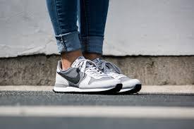 nike internationalist premium grey