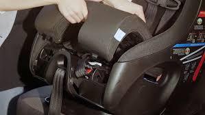 fixer siege auto comment installer un siège pour enfant orienté vers l avant