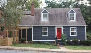 Navy Blue Door Dark Blue Vinyl Siding Red Door Google Search Cottage Exterior