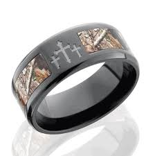 his and camo wedding rings camo wedding ring for him unique mossy oak wedding rings rikof