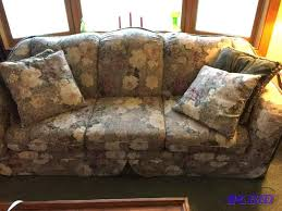 beautiful high end floral sofa by benchcraft bloomington estate
