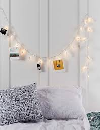 how to hang fairy lights without damaging the wall decoration for