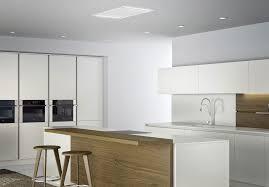 hotte cuisine plafond hotte de cuisine de plafond avec éclairage intégré nitro
