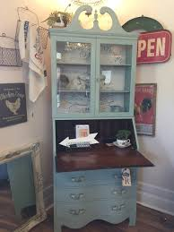 Secretary Desk With Hutch by Tall Secretary Desk With Hutch U2022 Redposie