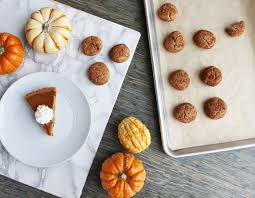 the easiest healthiest paleo pumpkin pie recipe for thanksgiving