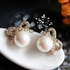 wedding gifts queenstown 2018 white pearl earrings with rhinestones bow stud earrings for
