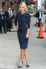 how does kelly ripa style her hair 148 best kelly ripa images on pinterest hairstyles short