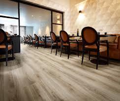 Classic Oak Laminate Flooring Classic Oak 24234 Wood Effect Luxury Vinyl Flooring Moduleo