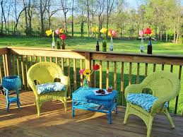 How To Restore Wicker Patio Furniture by Painted Wicker Furniture 10 Outdoor Dining Areas Pinterest