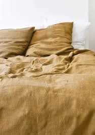 Linen Sheets Vs Cotton Sheets Grab The Most Comfortable Bedding For Eclectic Bedroom Nuance With