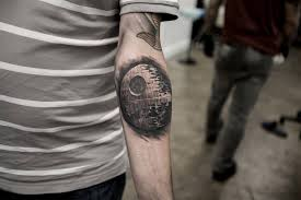 16 amazing wars tattoos including one from the awakens