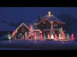 house with christmas lights to music wild christmas lights syncronized to music things i like