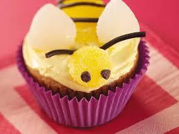bumble bee cupcakes bumblebee banana cupcakes recipe taste of home