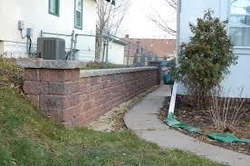Retaining Wall Design Ideas by Decorating Awesome Versa Lok For Home Decoration Ideas