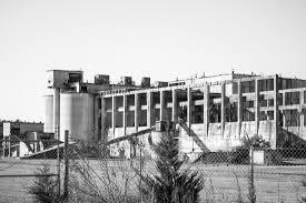 abandoned cement plant wilmington nc 1100x733 oc abandonedporn