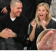 reese witherspoon engagement ring foto reese witherspoon s engagement ring toofab