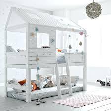 cabane fille chambre lit cabane pour chambre denfant avec rangement idee gain de place