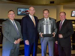 kenworth dealer peterbilt kenworth dealers of the year overdrive owner