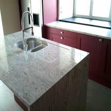plan de cuisine en granit gracieux plan de travail en marbre plan travail cuisine granit plan