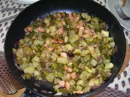 cuisiner des courgettes à la poele poêlée de courgettes et saumon fumé le jardin de cruik les