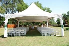 outdoor tent wedding how to avoid disasters at your outdoor wedding