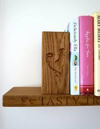 personalised wooden bookends makemesomethingspecial com